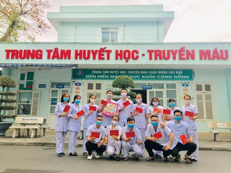 Đoàn thanh niên Bệnh viện Hữu nghị Việt Tiệp phòng chống dịch Covid – 19 nhưng không quên hiến máu tình nguyện